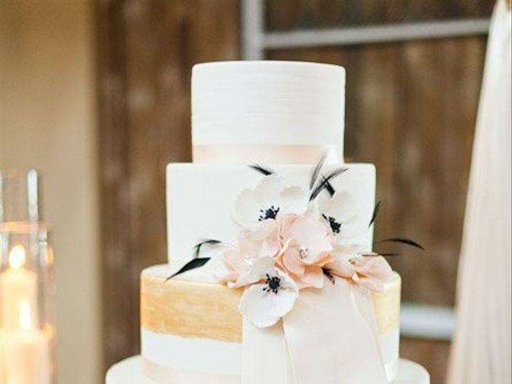 Tmx 1341982585502 AlyssaandAaronMastinStudio Seattle wedding cake