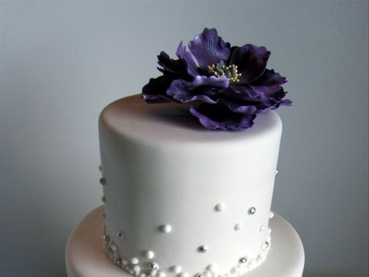 Tmx 1394738056895 Champagne Bubbles Cake With Sugar Peon Seattle wedding cake