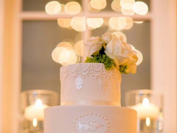 Tmx 1394738058949 Classic Wedding Cake With Baroque Details And Pipi Seattle wedding cake
