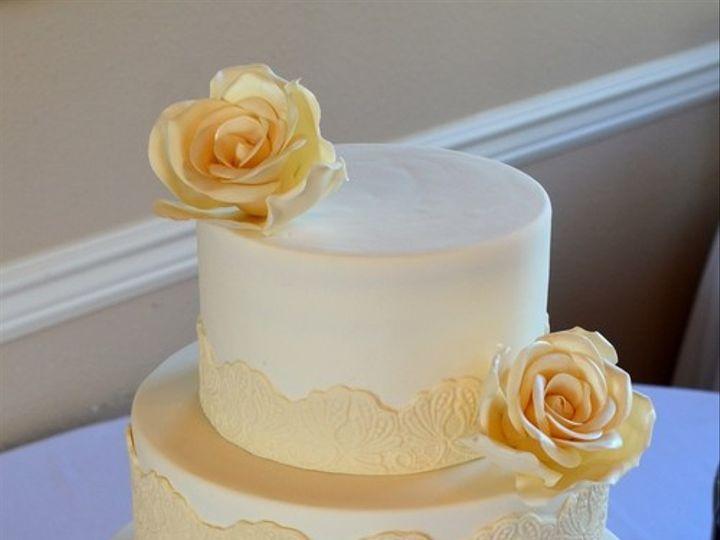 Tmx 1394738101459 Pressed Sugar Lace With Pearl Sugar Rose Seattle wedding cake