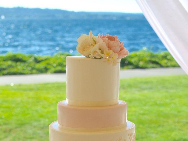 Tmx 1518975293 8f4c5258da158f21 1518975290 040cccc91ef70477 1518975284453 19 Blush Pink And Go Seattle wedding cake
