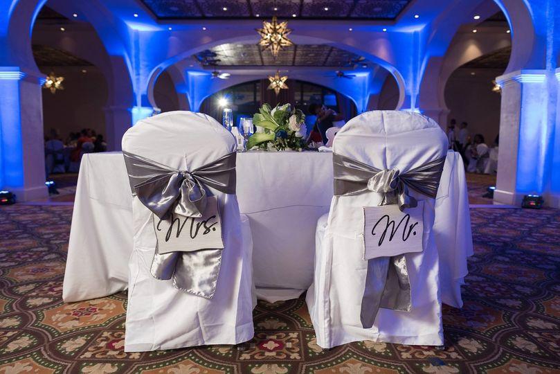 Sweetheart table and Uplighting