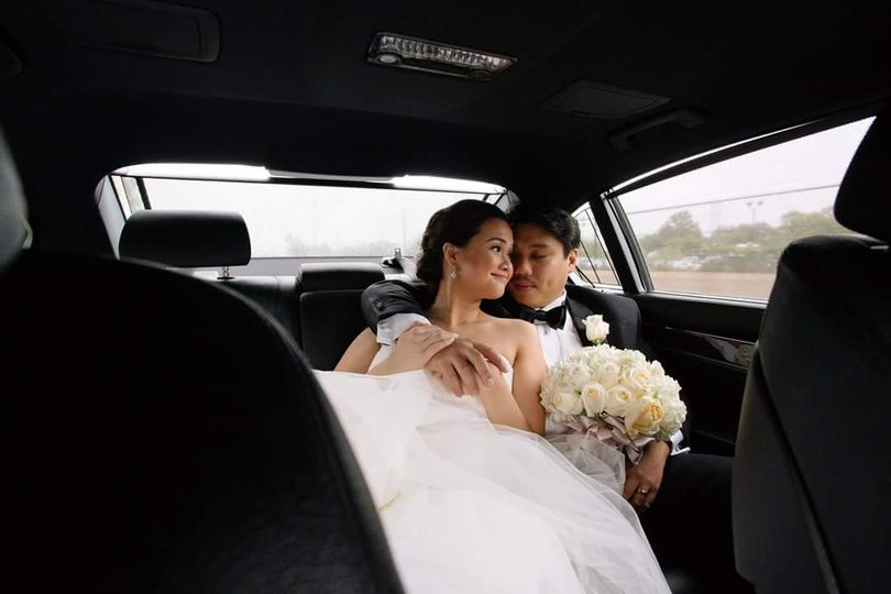 Newlyweds in the car