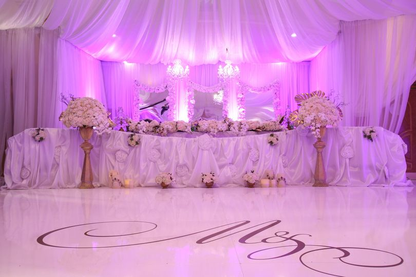 Beautifully Designed Head Table Fit for a King and Queen