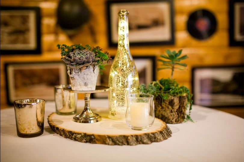 Rustic beverage and table setup | Photo Credits:  Megan LeePhotography