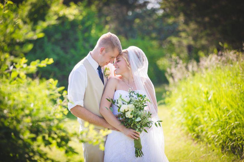 642f8b4ef96d3f42 1507074366761 wedding 22