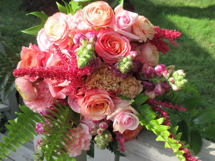 Tmx 1525175627 Aec0cf91bc0e94e3 1525175626 9a5c9a1c1290de8a 1525175629168 7 IMG 0092 Willow Street, PA wedding florist