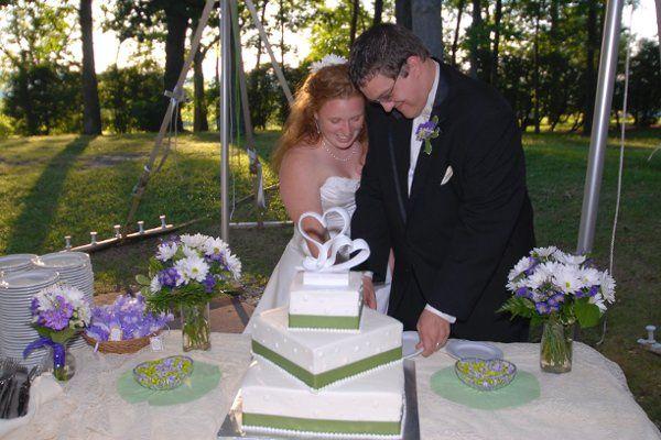 Tmx 1294849202675 DSC0932 Geneseo wedding florist
