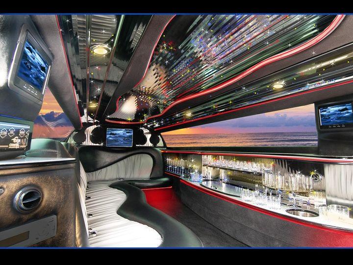 Tmx Fvchryslerint 51 18312 1562536251 Westminster, MD wedding transportation