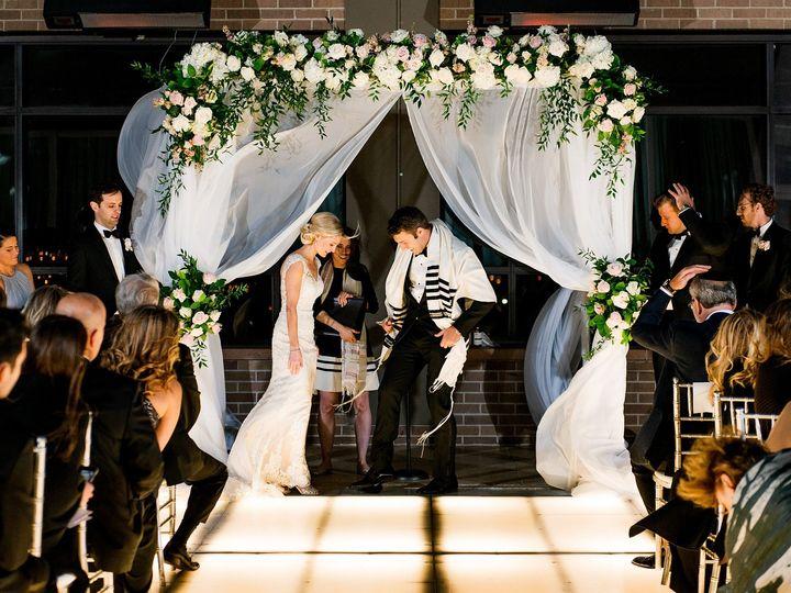 Tmx Michaellovesnicole Teasers 0064 51 689312 1562938221 Saint Louis, MO wedding planner