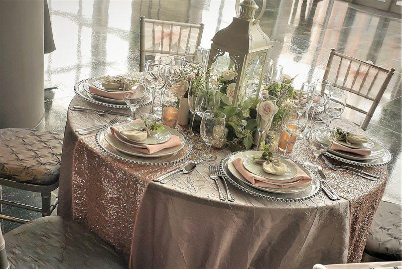 Blush and Silver tablescape wi