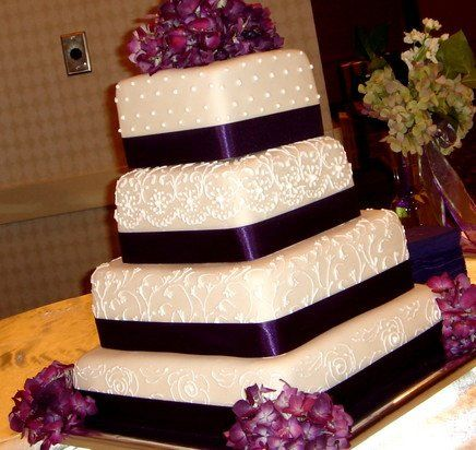 Tmx 1312781352454 Wedding3 Shippensburg wedding cake
