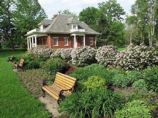gardensoftheellwood