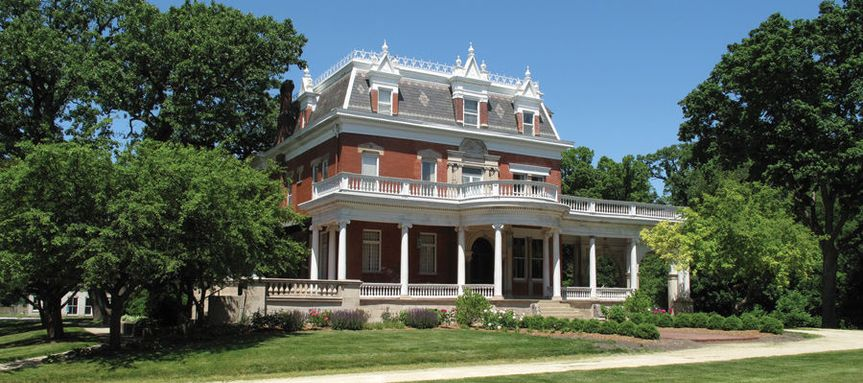 Exterior view of the Ellwood House Museum