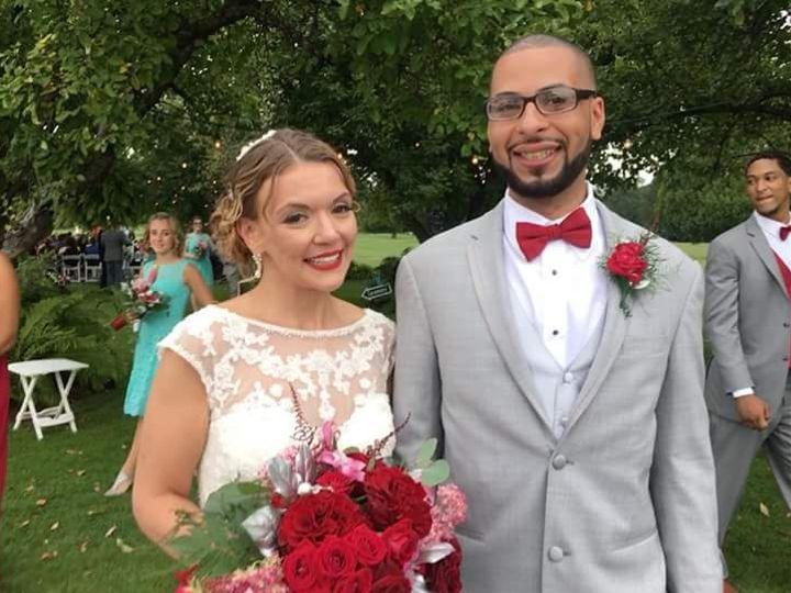 Tmx Fb Img 1532303916471 51 983412 Binghamton, New York wedding florist