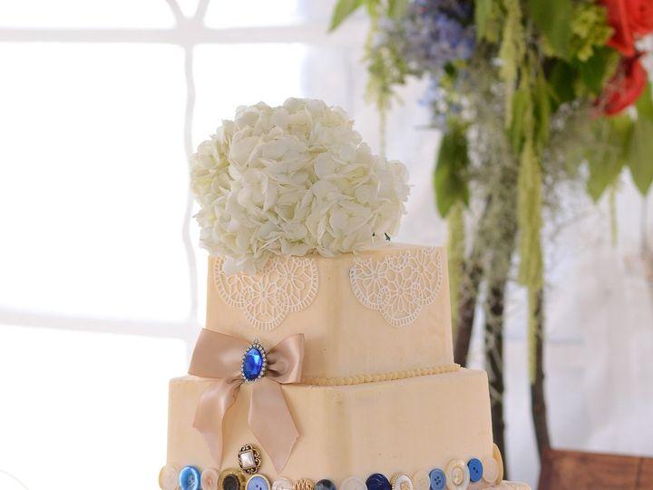 Tmx 1465501127 E1b3ef04777f1a2f ECT 6720  1  Bayport, MN wedding cake