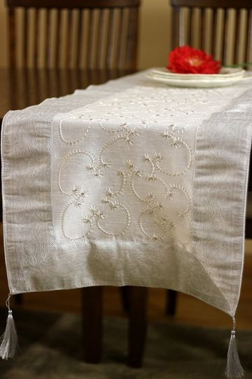 "Gorgeous hand embroidered ""Snow White"" table runner"