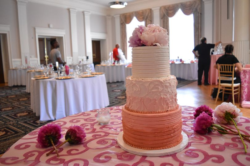 Textured ombre pink cake