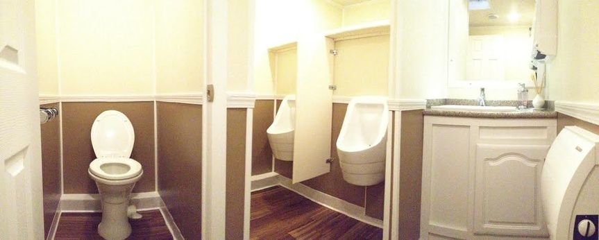 Men's bathroom on our Premier trailer