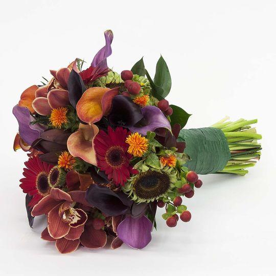 d purple wedding bouquet
