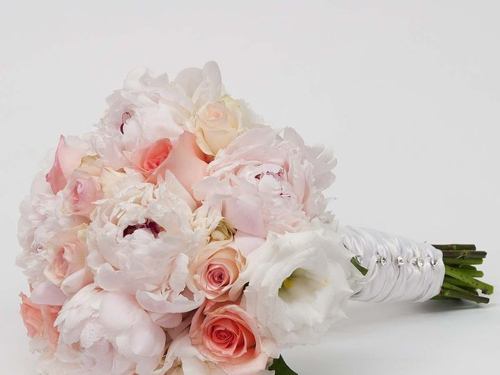 Tmx 1415830227183 Pink And White Bouquet Cambridge wedding florist