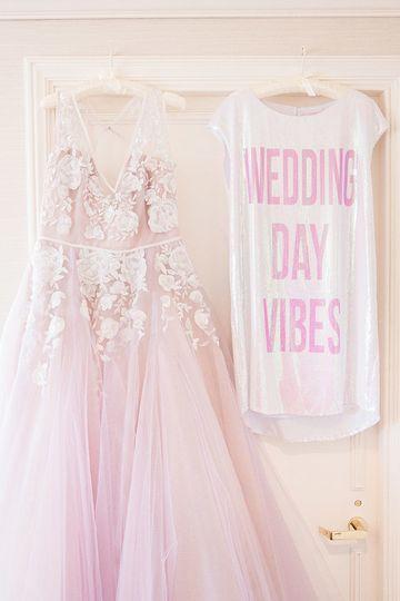Fabulous Hayley Paige wedding day