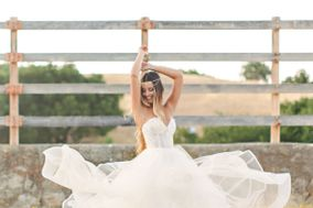 Bride and Bustle