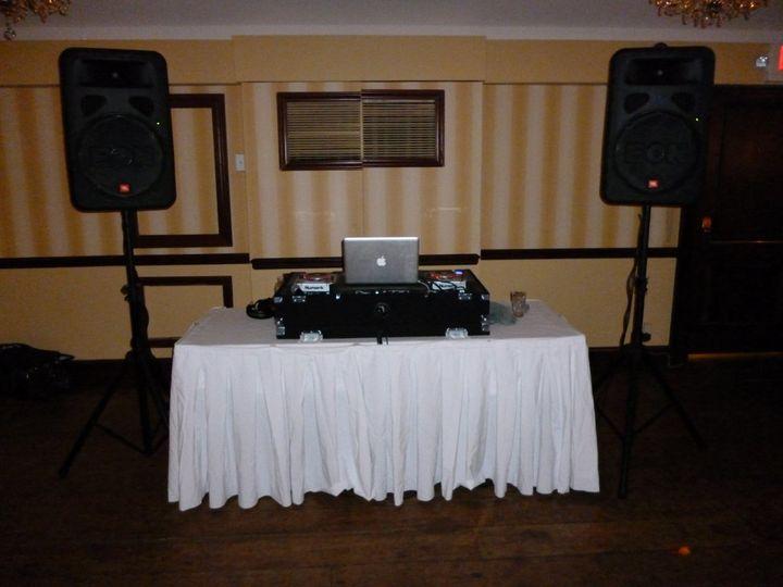Compact Wedding Setup with JBL Eons, Mac Book Pro, Serato Scratch Live, Shure Wirless Mic, Numark...