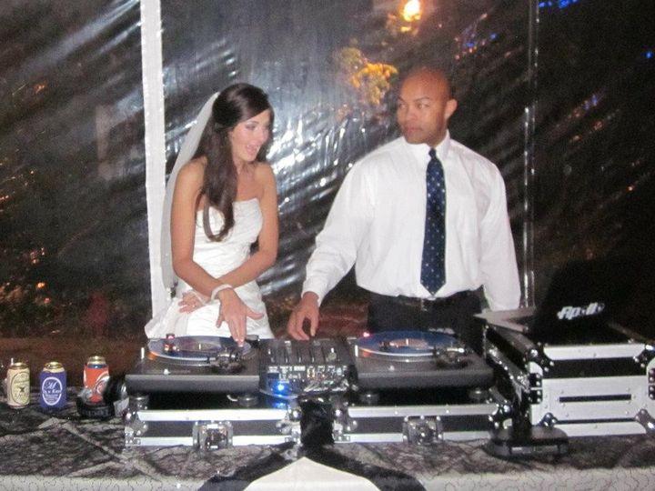 DJ APOLLO: Wicki Wicki Wicki with the bride