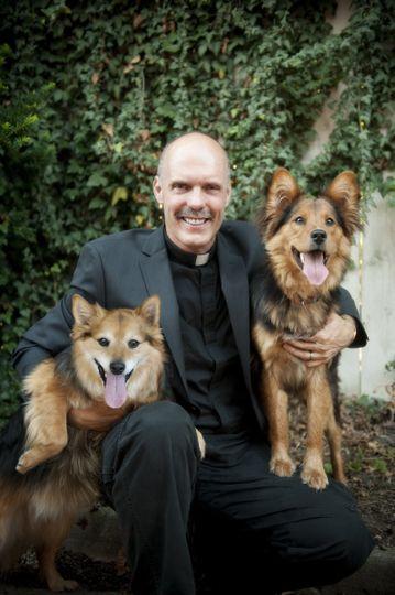 Pastor Wayne Holmes