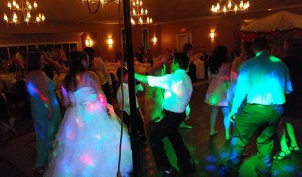 Wedding DJ Light and Sound 1