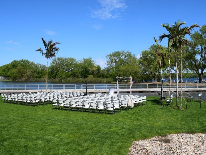 Tmx Dsc 0488 51 133612 1568310155 Okoboji, IA wedding venue