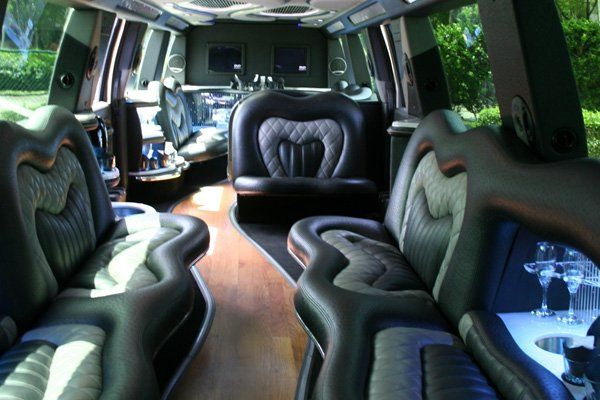 Tmx 1280290930076 25paxtopkicklimo4 Miami wedding transportation