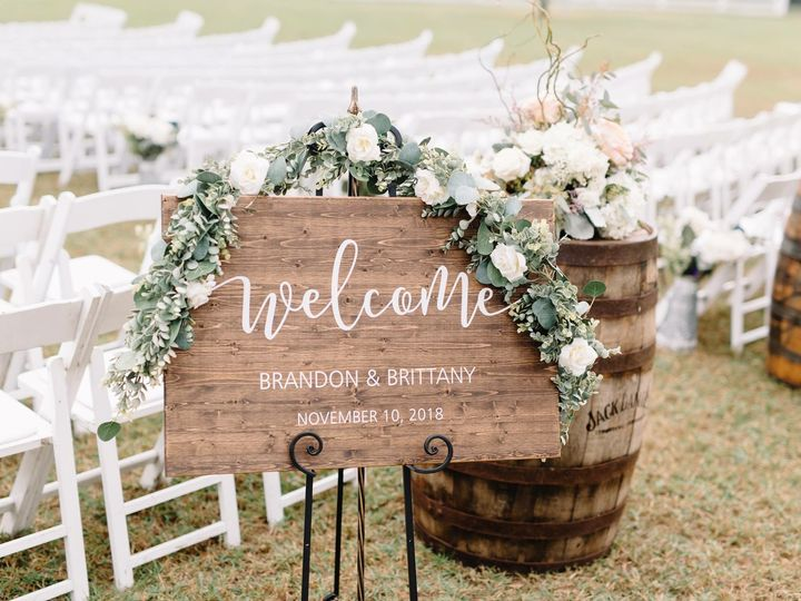 Tmx Whisky Barrel 51 627612 Geneva, FL wedding venue