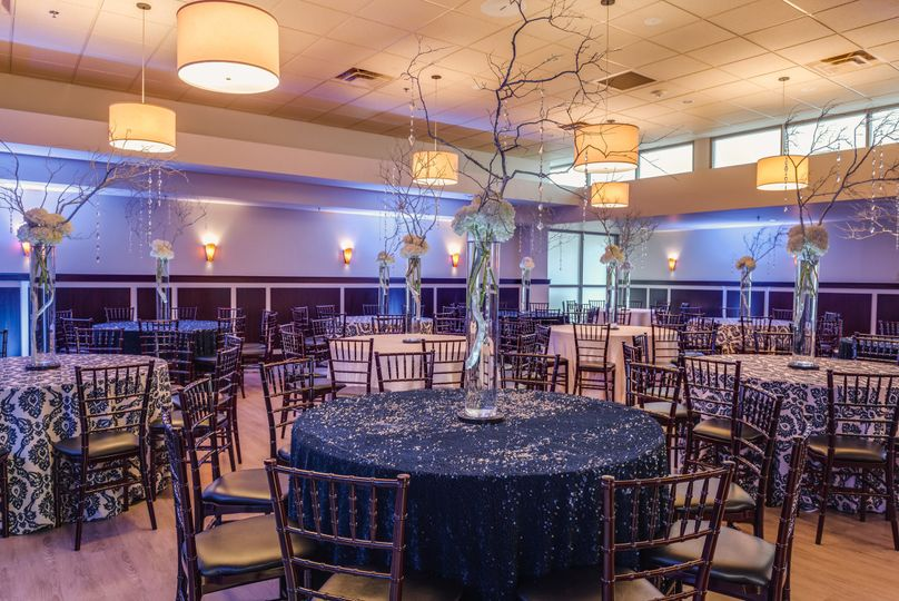 1705 east venue raleigh nc weddingwire 800x800 1458746238249 1705exteriorbluecloths 800x800 1458748311203 1705diningroom3 junglespirit