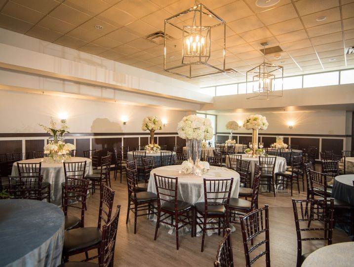 Main Dining Room perfect for wedding receptions and ceremonies.