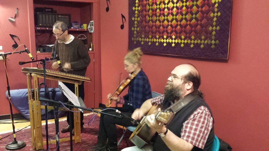 Greenwood tree duo plus fiddler