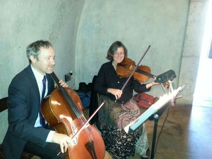 Vlazville Music's Skyline Duo sounds great for ceremonies and cocktail hour in wine caves!
