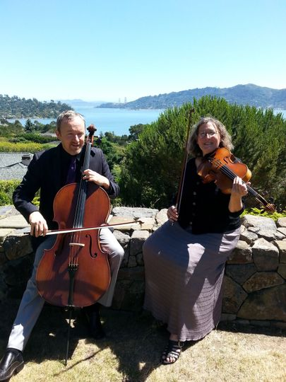 Vlazville Music's Skyline Duo performs around the Wine Country in some of the world's most beautiful...