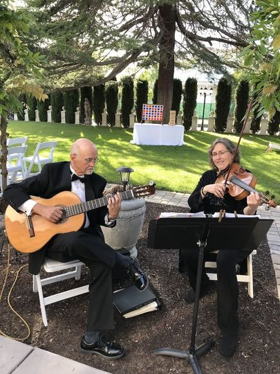 Vlazville Music's Paper Moon at Jefferson Street Mansion, Benicia