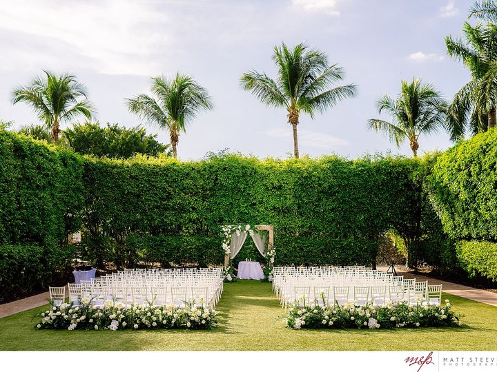 Tmx Matt Steeves Photography Luxury Weddings Hyatt Regency Coconut Point Fabulously Chic 0004 51 430712 159976378986505 Bonita Springs, FL wedding venue