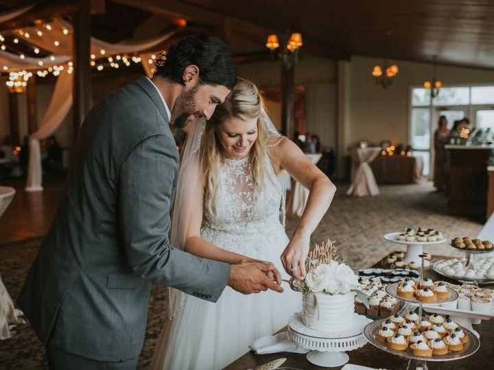 Tmx Cake Cutting 51 2712 Mackinac Island, MI wedding venue