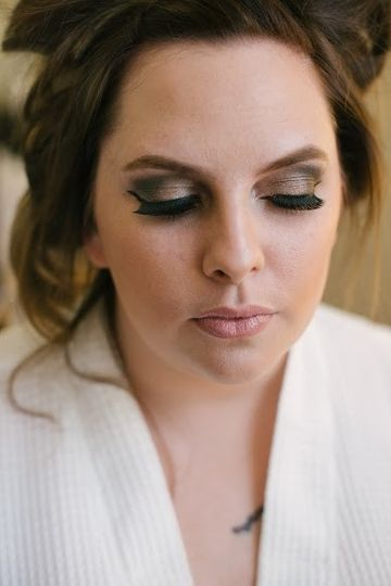 Casey, bride, went for a dramatic evening look!