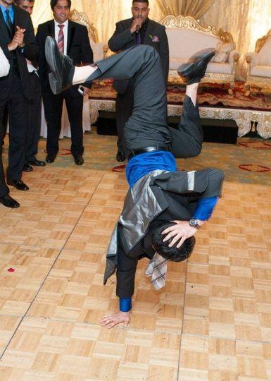 Guest 's dancing