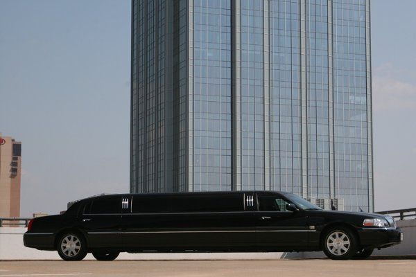 Tmx 1330331304831 Blacklincolnstretch Austin, Texas wedding transportation