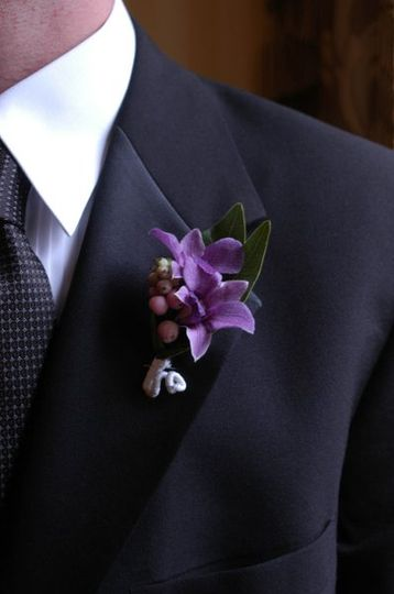 A charming boutonniere.