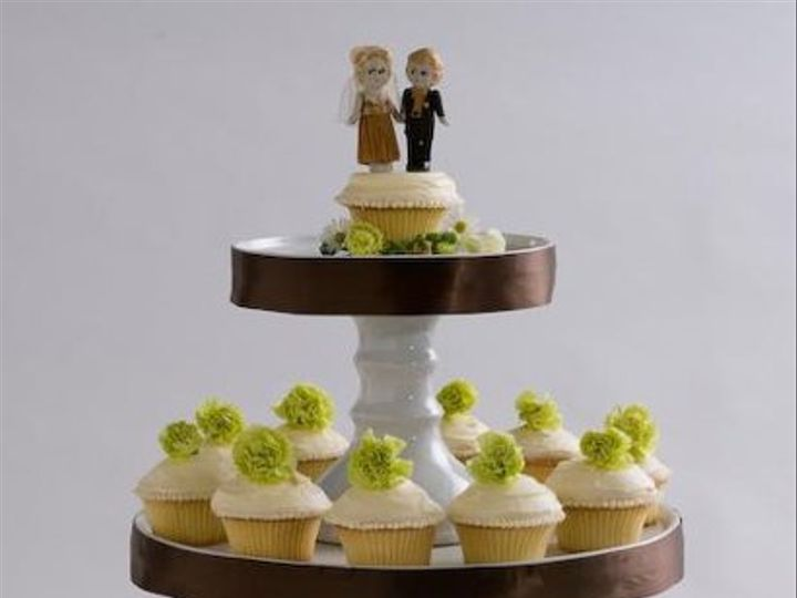 Tmx 1234239391302 3tierstand Seattle wedding cake