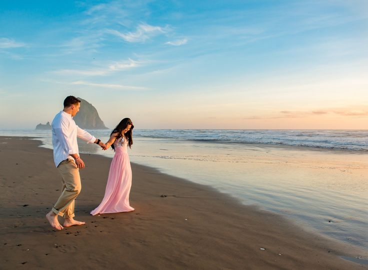 Engagement session on the Oregon coast (at Haystack Rock!).