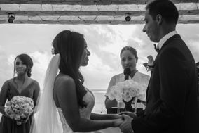 Karla Aldana - Wedding Officiant