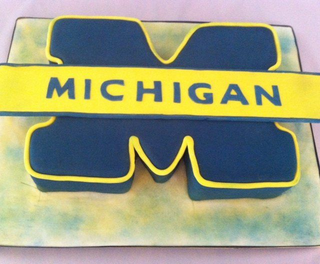 Tmx 1349289229668 UniversityofMichiganCake Nesconset wedding cake